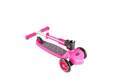 Розовый складной самокат для детей